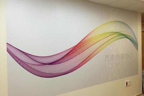 הדפסה דיגיטלית והדבקה על קיר